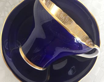 Aynsley tea cup and saucer, colbalt blue with gold