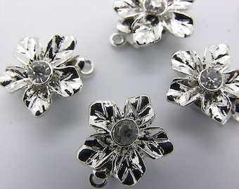 5 clasps in the shape of flower with 1 rhinestone 12 mm and 14 mm