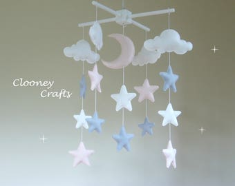 Pink Baby Mobile, Star Baby Mobile, Stars, Moon and Clouds Mobile, Nursery Decor, Pink and Grey Cot Mobile, Felt Mobiles, Baby Girl Mobile.