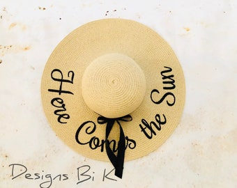 Here comes the sun hat, Personalized straw hat, Personalized sun hat, Floppy beach hat, Embroidered hat, Anniversary gift, Personalized gift