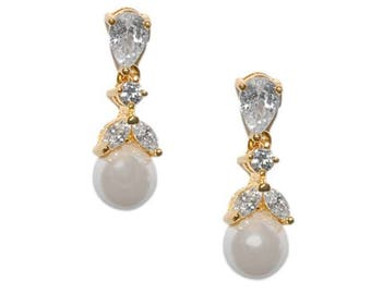 Gold Pearl Drop Earrings, Wedding Earrings, Bridal Earrings, Cubic Zirconia, Gold Bridal Earrings, Sparkly Earrings, UK Seller, Pearl Drop