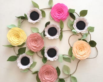 ANEMONE GARLAND // Felt Flower Garland // Floral Garland // Garden Party // Anemones + Roses // You Pick Custom Colors