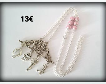 Inspired Alice _ magic beads necklace