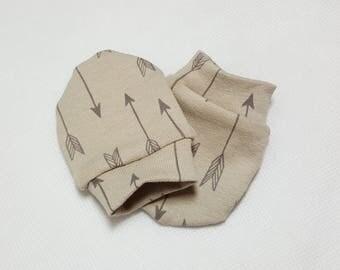 Baby Scratch Mittens, Arrow baby mittens, newborn mittens, Arrow baby accessories
