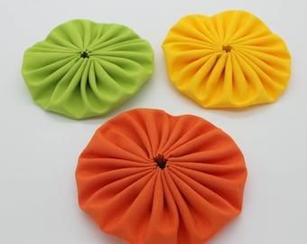 Trio of Flowers Yo-Yo hand made green orange yellow 9 cm
