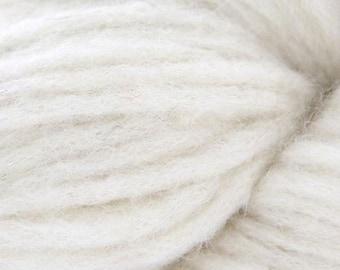 Cascade NEVADO Bulky Llama Blend 13.50 +1.25ea to Ship - 01 Ecru - 220yds 100gr - Ivory Chunky Wool & Llama +Free Patterns Shown. MSRP 18.00