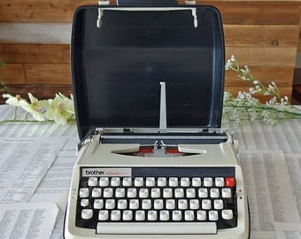 Vintage Brother Activator 800T Portable typewriter with Case Midcentury typewriter