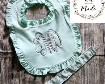 Customized baby blanket, customized baby girl bib, customized baby shower gift, monogrammed bib, personalized baby blanket, baby girl bib