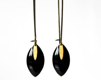 Sequin black enamel earrings