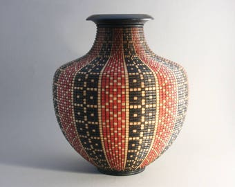 Beautifully Shaped Patterned Vessel