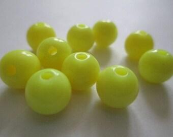 10 yellow 8mm acrylic beads