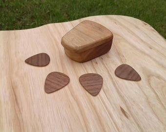 Guitar pick holder/guitar pick box/wooden guitar pick/guitar pick case/5 wooden guitar picks/wood guitar pick/personalized guitar pick box