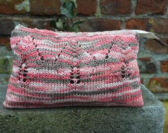 salmon knit Kit