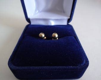 Boucles d'oreilles 10 k ***Expédition gratuite au Canada *** Cadeau idéal! FREE shipping to Canada
