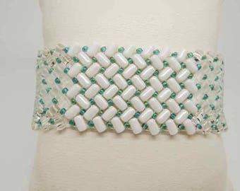 Bead weaving bracelet with Crystal Rolls