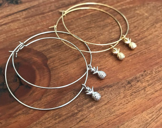 Valentines Gift Hoop Earrings Thin Silver Gold Hoop Earring Starfish Pineapple Shell Charm Boho Beach Pierced Earring Bridesmaids Jewelry
