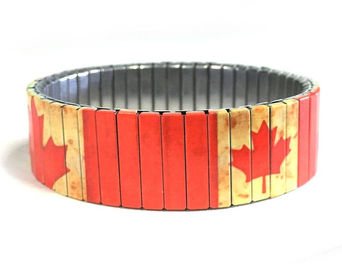 Canadian flag bracelet, Aged, England, Stretch Bracelet, Repurpose watch band, Sublimation, Stainless Steel, Wrist Band, gift for friends