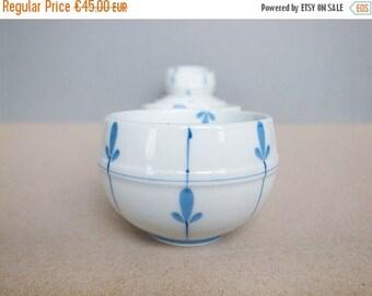 2nd ANNIV SALE Japanese Vintage Arita ware Tea Cup Yunomi a Set of 6 Hand Paint Round Shape