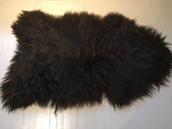 Sheepskin rug soft, volumous throw sheep skin long haired Norwegian pelt natural black 17222