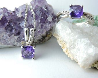 Purple Stone Ring and Necklace Set