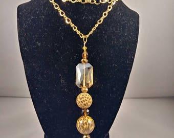 Animal print design necklace, bead jewelry, fashion jewelry