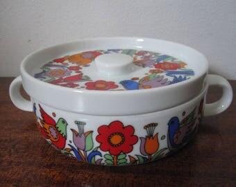 """Vintage Royal Crown """"Paradise"""" Pattern Porcelain Ovenware Mini Casserole Dish 33-697"""