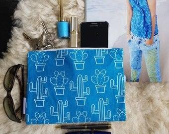 Blue makeuptas, blue makeuptasje, toilet bag, makeup bag, toiletbag, blue make up bag, blue toiletbag, cosmetic bag, small pouch