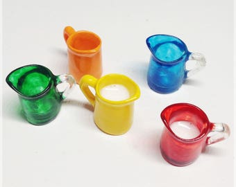Multicolored resine vases