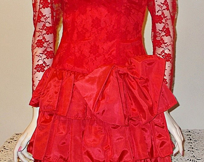 Vintage 80s Red Floral Lace Taffeta Special Occasion Womens Dance Party Prom Handmade Evening Above The Knee Mini Dress