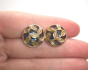 Vintage Avon Blue Leaf and Vine Filigree earrings,post,round,vines,Gold tone,Pre-owned