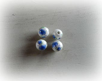4 white ceramic patterned blue and green flowers 12 mm round beads