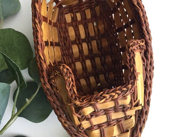 Vintage Basket Boat
