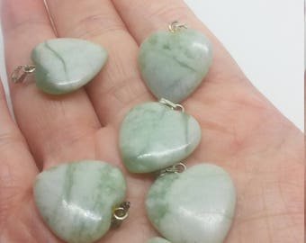 Green seasame jasper heart pendant bead 631