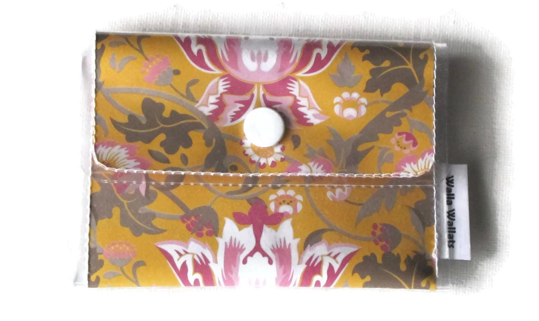 Floral cashcard womens wallet gold vinyl wallet vintage hot floral cashcard womens wallet gold vinyl wallet vintage hot pink colourmoves