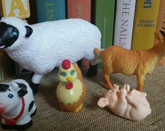 Miniature Plastic Vinyl Farm Animals/Goat/Cow/Pig/Sheep/Chicken/Cake Toppers/Childs Toy/Gumball Machine Toys/Dimestore Toys/Upcycle/Crafting