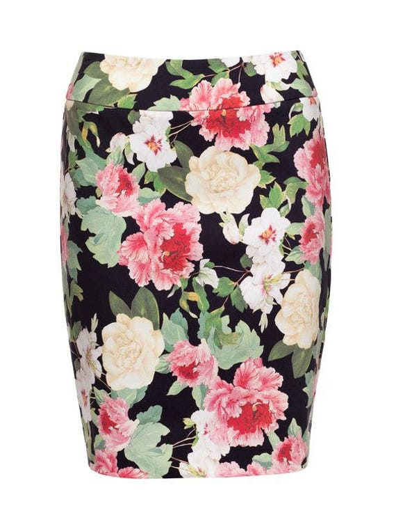 Gorgeous Review black floral lined skirt worn once size 6 or XS