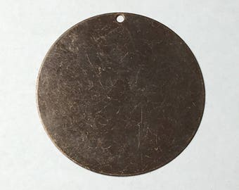 Vintaj antique brass circle with hole, 34mm, 1 piece