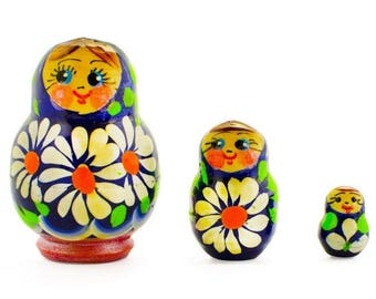 2'' Set of 3 Daisy Flowers Miniature Wooden Russian Nesting Dolls