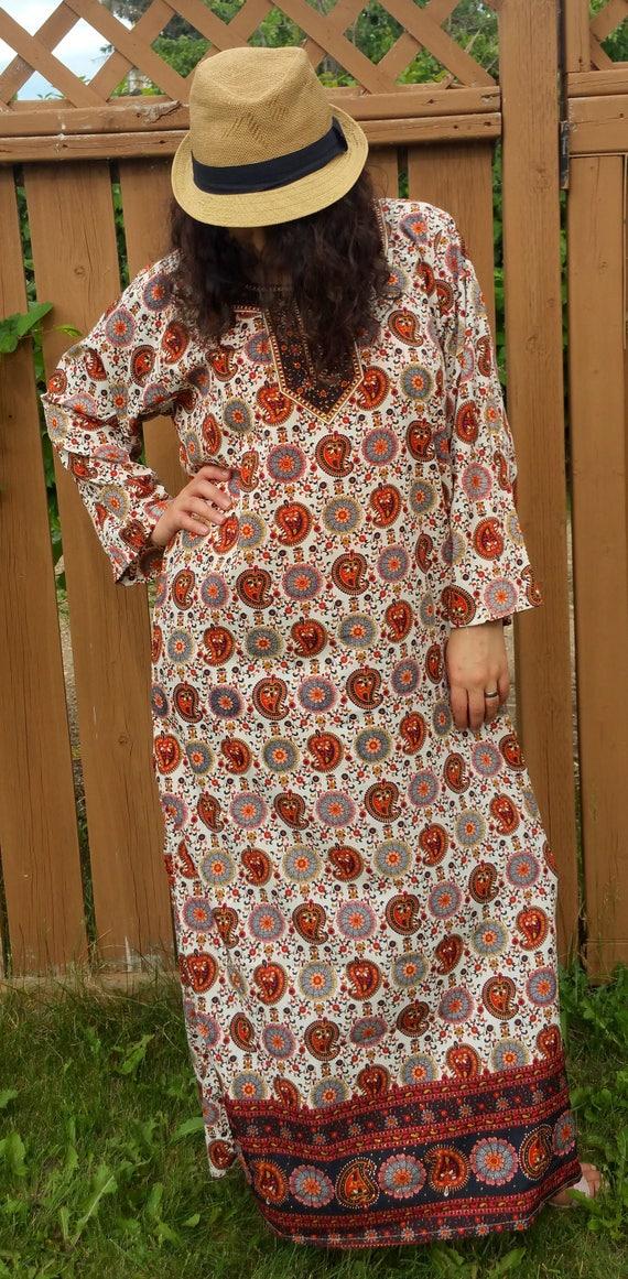 White Cherry Fest Bohemian Kaftans Summer Dress Beach Coverup Gypsy dress Maxi Dress Hippie Long Kaftans kaftan caftan Paisley kaftan