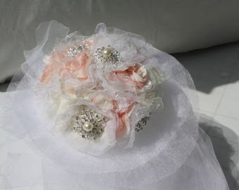 Bouquet with brooches and fabric flowers for romantic bride