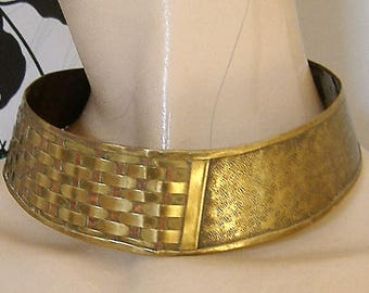 1980S LARGE BRASS COLLAR necklace