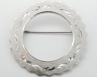 Vintage LaMode Sterling Silver Wreath Circle Brooch