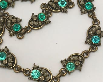 Vintage  Choker  necklace . Costume jewelry