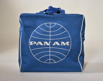 Authentic vintage 1970's Pan Am airline collectible travel flight carry on bag /  purse