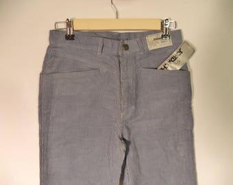 Deadstock 70s-80s corduroy high waist Jordache jeans// Skinny straight blue gray pants// Women's size XS 2/3 28W or 14 large preteen juniors
