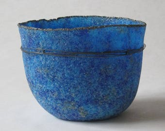 pate de verre (glass) blue vessel with steel wire g17-078