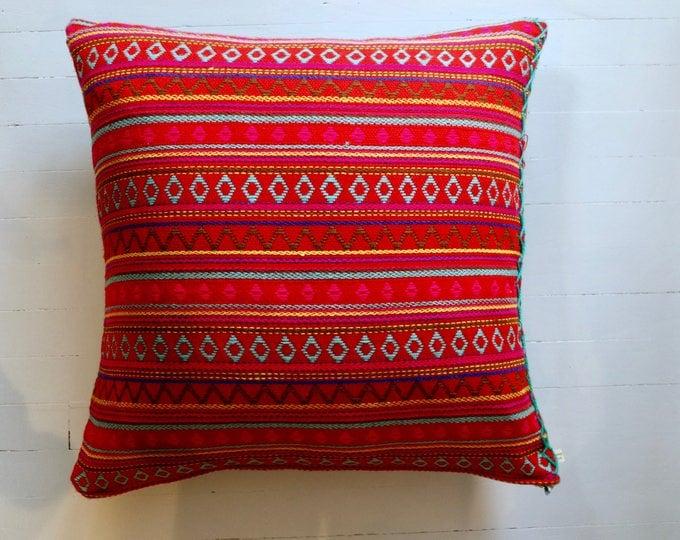 "Argentinian knit throw pillow 20"" x 20"""