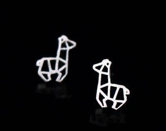 Silver giraffe earrings, geometric giraffe earrings,sterling silver animal earrings, cute earrings