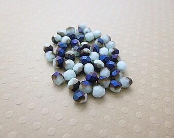 Set of 50 4 mm Mid. IRIS Pale Turquoise - F4-0567