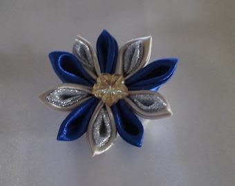 PIN in beige, blue satin, silver